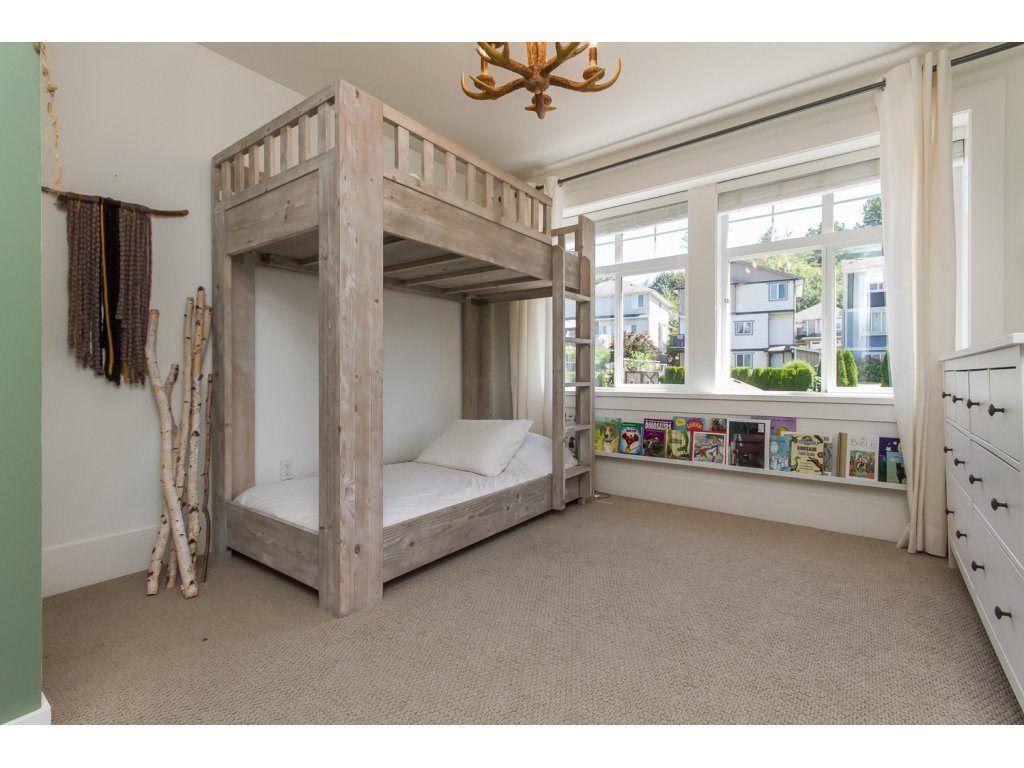 Photo 14: Photos: 4354 BLAUSON Boulevard in Abbotsford: Abbotsford East House for sale : MLS®# R2096025