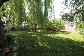 Photo 13: 17868 60 Avenue in Surrey: Cloverdale BC House for sale (Cloverdale)  : MLS®# R2272965