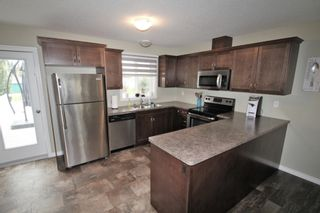 Photo 4: 5113 56 Ave: St. Paul Town House for sale : MLS®# E4263067