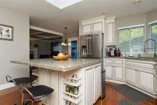 "Photo 8: 12417 OCEAN BREEZE Place in Surrey: Crescent Bch Ocean Pk. House for sale in ""Ocean Park"" (South Surrey White Rock)  : MLS®# R2179083"