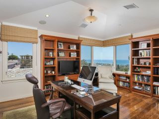 Photo 16: SOLANA BEACH House for sale : 4 bedrooms : 459 Marview Drive