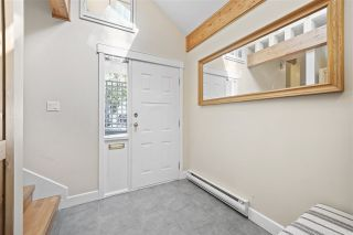 Photo 3: 3403 LYNMOOR PLACE in Vancouver: Champlain Heights Townhouse  (Vancouver East)  : MLS®# R2408620