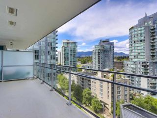 """Photo 9: 1002 1499 W PENDER Street in Vancouver: Coal Harbour Condo for sale in """"WEST PENDER PLACE"""" (Vancouver West)  : MLS®# R2583305"""