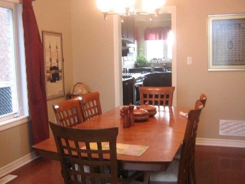 Photo 5: Photos: 14 Don Morris Court in Clarington: Bowmanville House (2-Storey) for lease : MLS®# E2794787