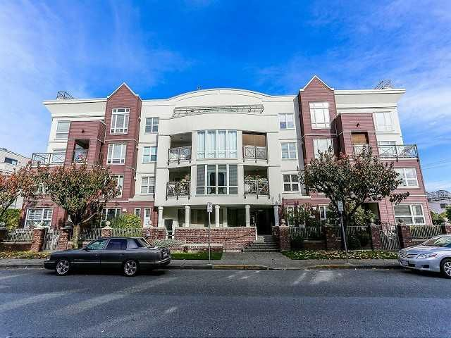 Main Photo: 307 2335 WHYTE Avenue in Port Coquitlam: Central Pt Coquitlam Condo for sale : MLS®# V1057060
