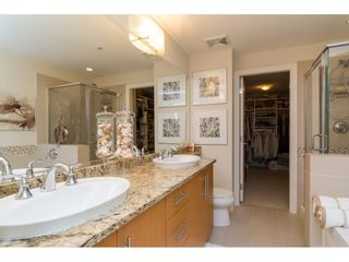 """Photo 12: 204 16433 64 Avenue in Surrey: Cloverdale BC Condo for sale in """"St. Andrews"""" (Cloverdale)  : MLS®# R2123466"""