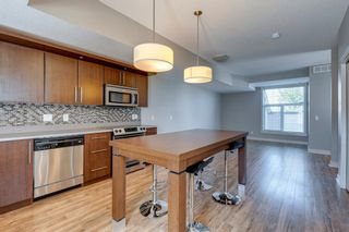 Photo 8: 740 73 Street SW in Calgary: West Springs Row/Townhouse for sale : MLS®# A1138504