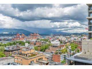 """Photo 22: 1704 128 W CORDOVA Street in Vancouver: Downtown VW Condo for sale in """"WOODWARDS"""" (Vancouver West)  : MLS®# R2592545"""