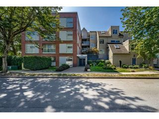 """Photo 17: 213 1990 S E KENT Avenue in Vancouver: South Marine Condo for sale in """"Harbour House at Tugboat Landing"""" (Vancouver East)  : MLS®# R2398371"""
