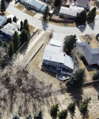 Photo 2: 199 Westridge Road in Edmonton: Zone 22 House for sale : MLS®# E4236437