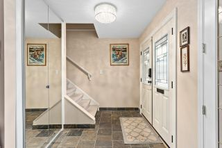 Photo 3: 3219 PORTVIEW Place in Port Moody: Port Moody Centre House for sale : MLS®# R2537419