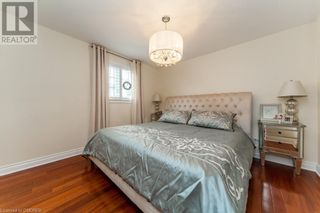 Photo 18: 76 CULHAM Street in Oakville: House for sale : MLS®# 40175960