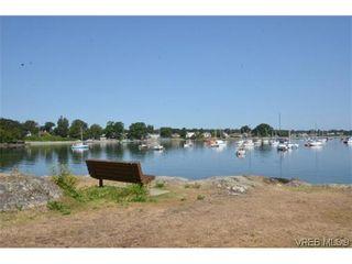 Photo 20: 302 1370 Beach Dr in VICTORIA: OB South Oak Bay Condo for sale (Oak Bay)  : MLS®# 614239