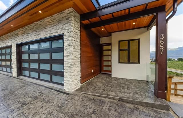 Main Photo: 3657 Apple Way Boulevard in West Kelowna: LH - Lakeview Heights House for sale : MLS®# 10213937