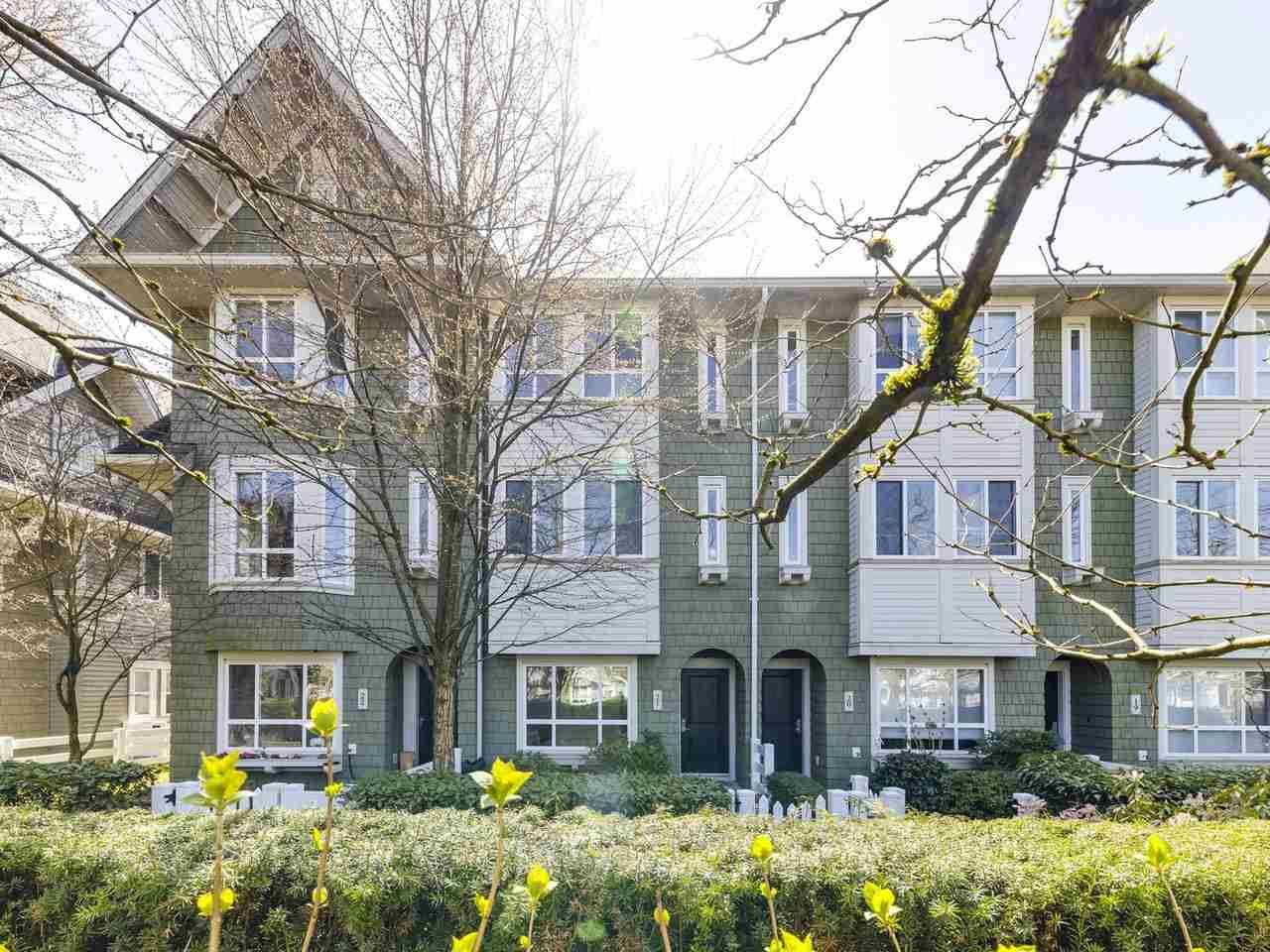 """Main Photo: 21 2418 AVON Place in Port Coquitlam: Riverwood Townhouse for sale in """"Links"""" : MLS®# R2562648"""