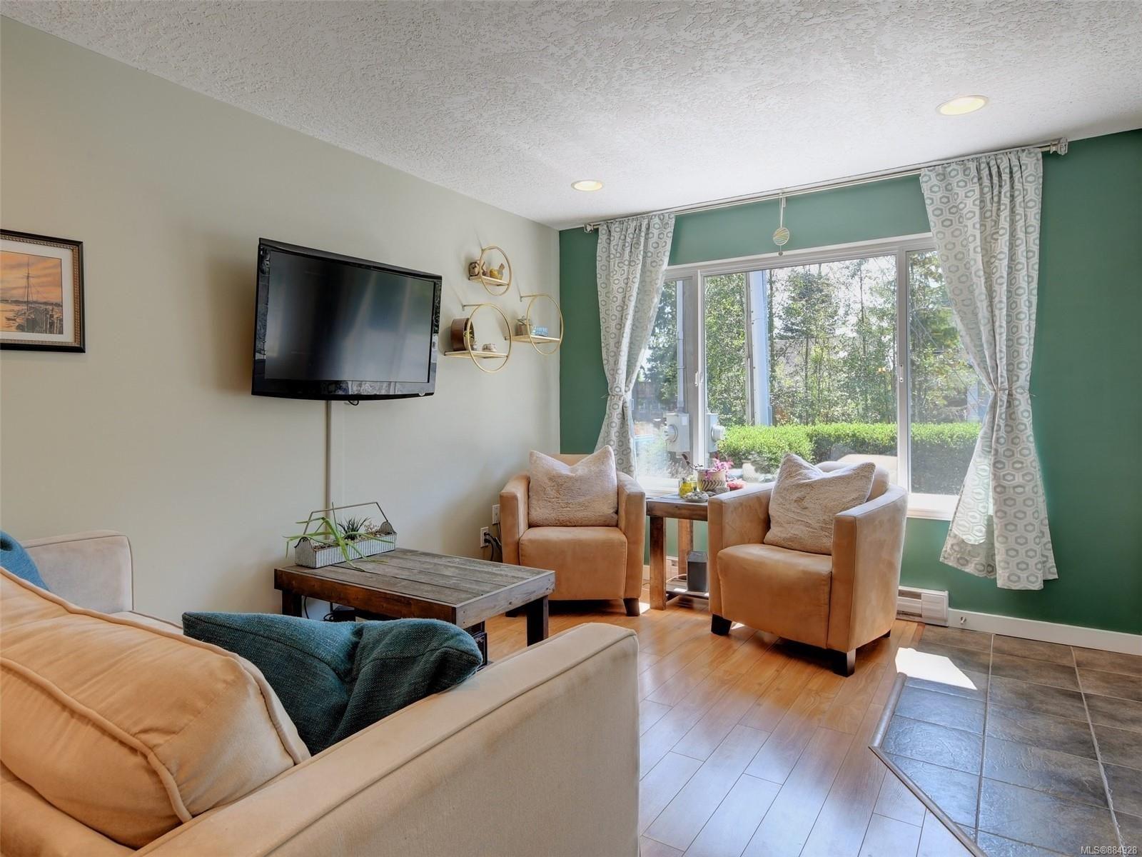 Photo 3: Photos: 6896 Beaton Rd in : Sk Broomhill Half Duplex for sale (Sooke)  : MLS®# 884928