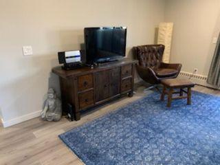 Photo 11: 403 8403 Fairmount Drive in Calgary: Acadia Apartment for sale : MLS®# A1019020