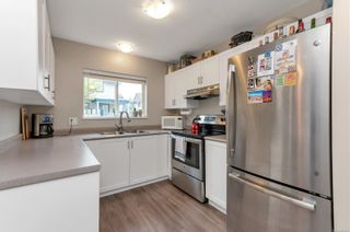 Photo 2: 3 1315 Creekside Way in Campbell River: CR Willow Point Row/Townhouse for sale : MLS®# 856563