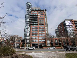 "Photo 1: 10C 199 DRAKE Street in Vancouver: Yaletown Condo for sale in ""CONCORDIA 1"" (Vancouver West)  : MLS®# R2539673"