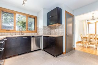 Photo 3: 2655 Charlebois Drive NW in Calgary: Charleswood Detached for sale : MLS®# A1133366