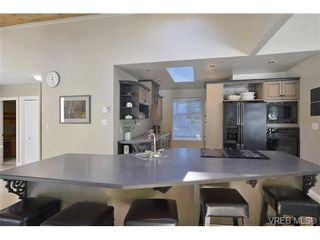 Photo 7: 760 Piedmont Dr in VICTORIA: SE Cordova Bay House for sale (Saanich East)  : MLS®# 676394