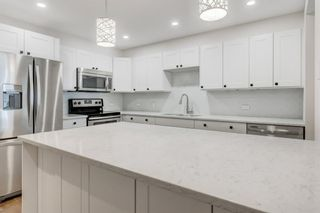 Photo 3: 202 330 26 Avenue SW in Calgary: Mission Apartment for sale : MLS®# A1018702