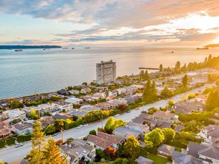 Photo 36: 2321 MARINE Drive in West Vancouver: Dundarave 1/2 Duplex for sale : MLS®# R2617952