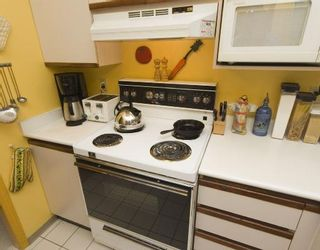"""Photo 4: 307 1924 COMOX Street in Vancouver: West End VW Condo for sale in """"WINDGATE BY THE PARK"""" (Vancouver West)  : MLS®# V740781"""