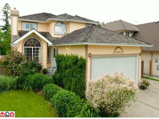 FEATURED LISTING: 20583 98 Avenue Langley