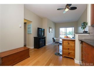 Photo 9: 307 611 Brookside Rd in VICTORIA: Co Latoria Condo for sale (Colwood)  : MLS®# 733632