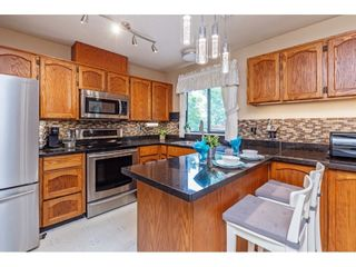 Photo 3: 2877 267A Street in Langley: Aldergrove Langley House for sale : MLS®# R2587278