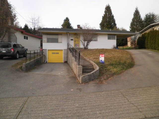 FEATURED LISTING: 326 MARINER Way Coquitlam