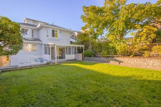 Photo 1: 372 DELTA Avenue in Burnaby: Capitol Hill BN House for sale (Burnaby North)  : MLS®# R2239476