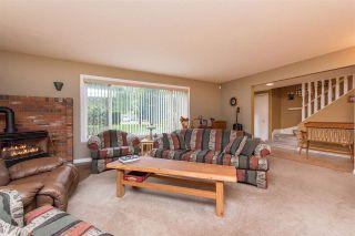 Photo 3: 42717 WALNUT Avenue: Yarrow House for sale : MLS®# R2512412