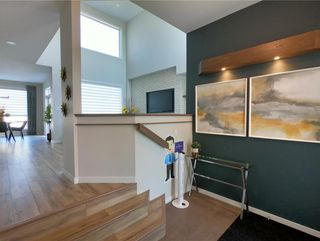 Photo 3: 25 Zimmerman Drive in Winnipeg: Charleswood Residential for sale (1H)  : MLS®# 202121732
