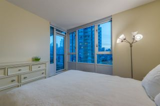 """Photo 18: 1908 1033 MARINASIDE Crescent in Vancouver: Yaletown Condo for sale in """"QUAYWEST"""" (Vancouver West)  : MLS®# R2467788"""