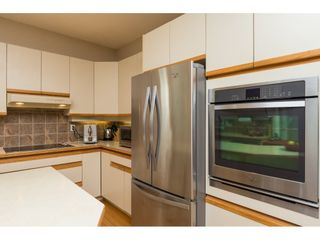 """Photo 8: 15022 SEMIAHMOO Place in Surrey: Sunnyside Park Surrey House for sale in """"Semiahmoo Wynd"""" (South Surrey White Rock)  : MLS®# R2115497"""