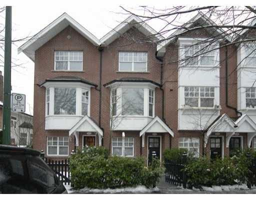 """Main Photo: 832 W 15TH Ave in Vancouver: Fairview VW Townhouse for sale in """"REDBRICKS"""" (Vancouver West)  : MLS®# V626740"""