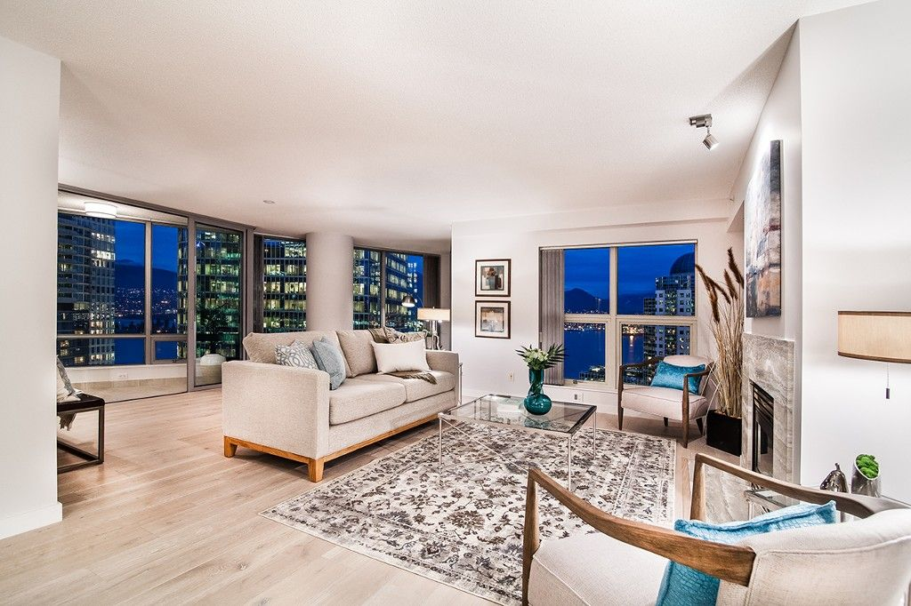 """Photo 6: Photos: 1901 837 W HASTINGS Street in Vancouver: Downtown VW Condo for sale in """"TERMINAL CITY CLUB"""" (Vancouver West)  : MLS®# R2134243"""