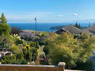 Photo 18: 5628 PETERS Crescent in Sechelt: Sechelt District House for sale (Sunshine Coast)  : MLS®# R2608126