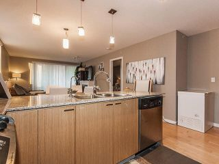 Photo 7: 601 39 SIXTH Street in NEW WESTMINSTER: Downtown NW Condo for sale (New Westminster)  : MLS®# V1111943