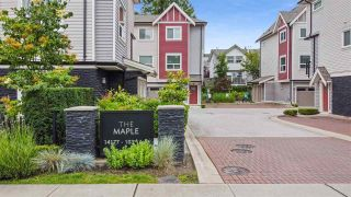 """Photo 2: 5 14177 103 Avenue in Surrey: Whalley Townhouse for sale in """"The Maple"""" (North Surrey)  : MLS®# R2470471"""