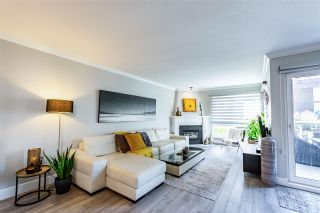 """Photo 11: 5 1508 BLACKWOOD Street: White Rock Townhouse for sale in """"The Juliana"""" (South Surrey White Rock)  : MLS®# R2551843"""