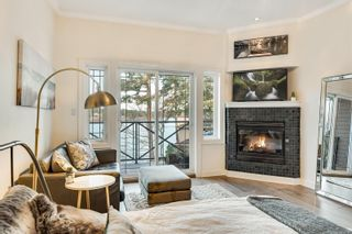 Photo 6: 302 2326 Harbour Rd in Sidney: Si Sidney North-East Condo for sale : MLS®# 862120