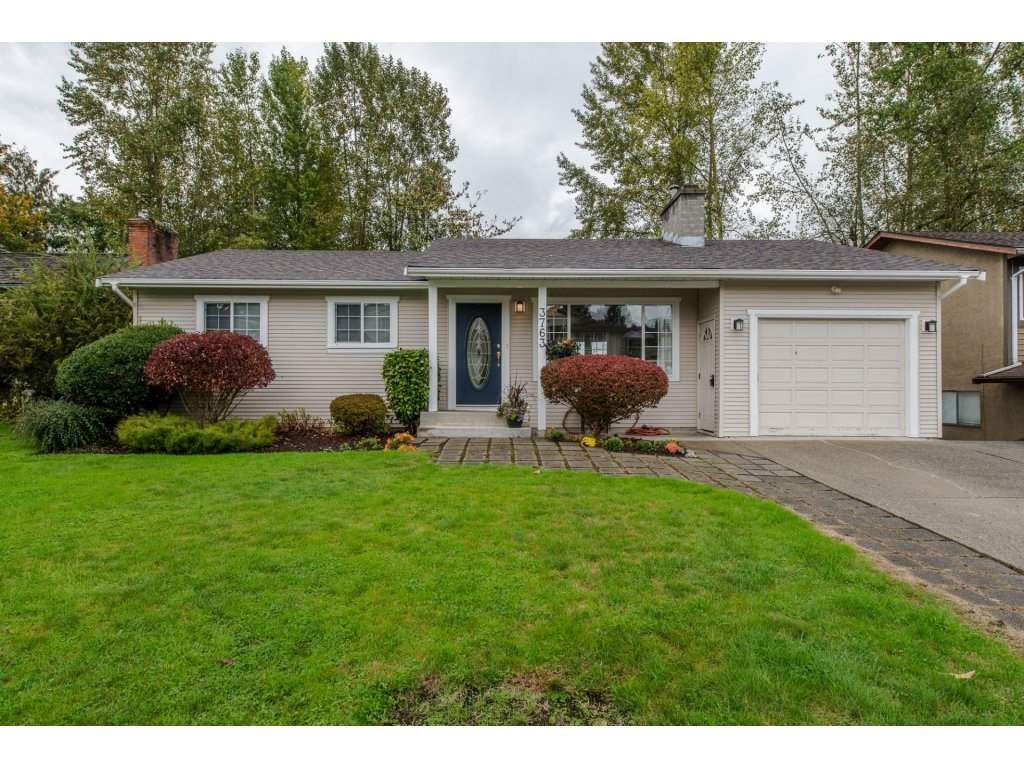 Main Photo: 3763 ROBSON DRIVE in Abbotsford: Abbotsford East House for sale : MLS®# R2114513