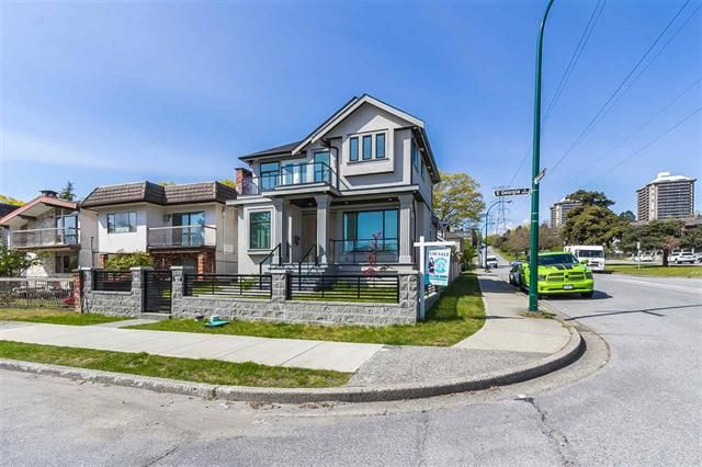 Main Photo: 3691 E Georgia Street in Vancouver: Renfrew VE House for sale (Vancouver East)  : MLS®# R2418689