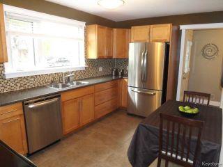 Photo 6: 425 Greenacre Boulevard in WINNIPEG: Westwood / Crestview Residential for sale (West Winnipeg)  : MLS®# 1321784
