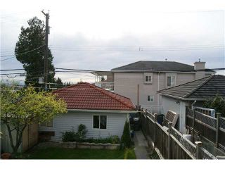 Photo 6: 7327 FRASER Street in Vancouver: South Vancouver 1/2 Duplex for sale (Vancouver East)  : MLS®# V843279