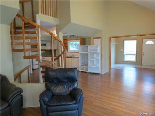 Photo 2: 68 ROCAN Rue in LASALLE: Brunkild / La Salle / Oak Bluff / Sanford / Starbuck / Fannystelle Residential for sale (Winnipeg area)  : MLS®# 1424992