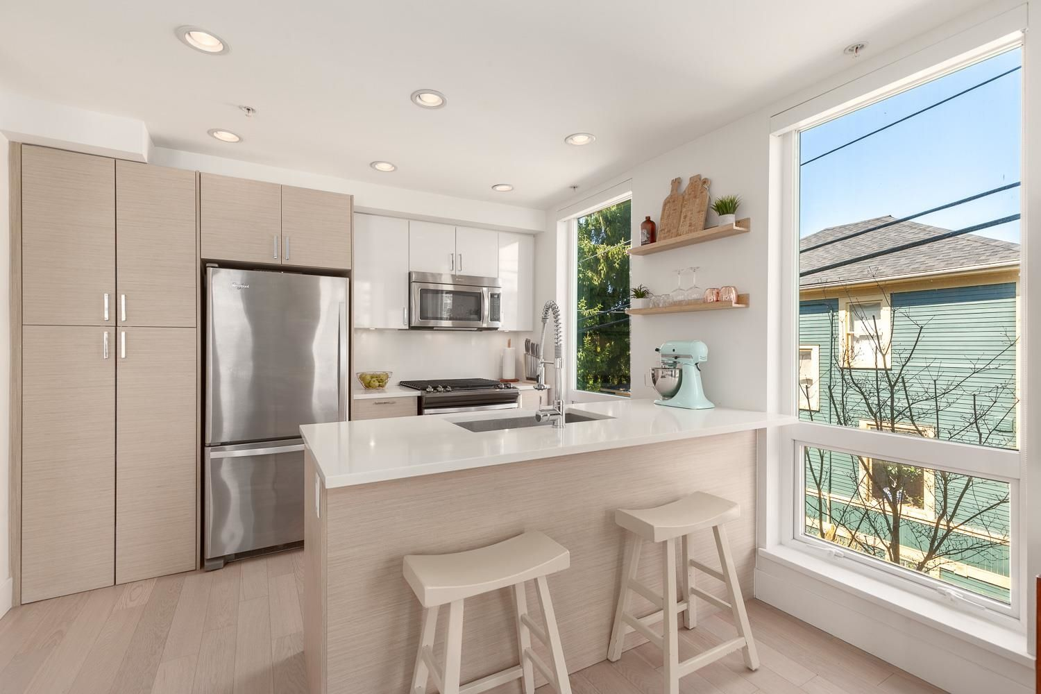 """Main Photo: 4 1411 E 1ST Avenue in Vancouver: Grandview Woodland Townhouse for sale in """"Grandview Cascades"""" (Vancouver East)  : MLS®# R2614894"""